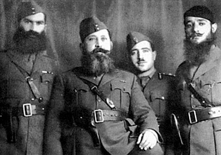 Greek resistance leader Napoleon Zervas and fellow officers
